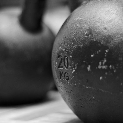 Six Killer Kettlebell Workouts to Lose Fat and Build Muscle