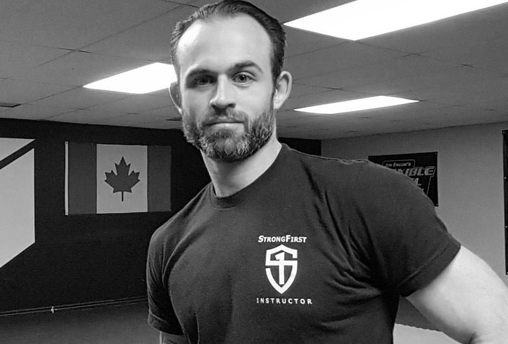 Hardstyle Kettlebell Montreal: School For The Strong